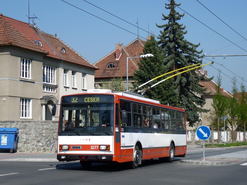 Fotogalerie » Škoda 14TrR 3277 | Brno | Královo Pole | Charvatská