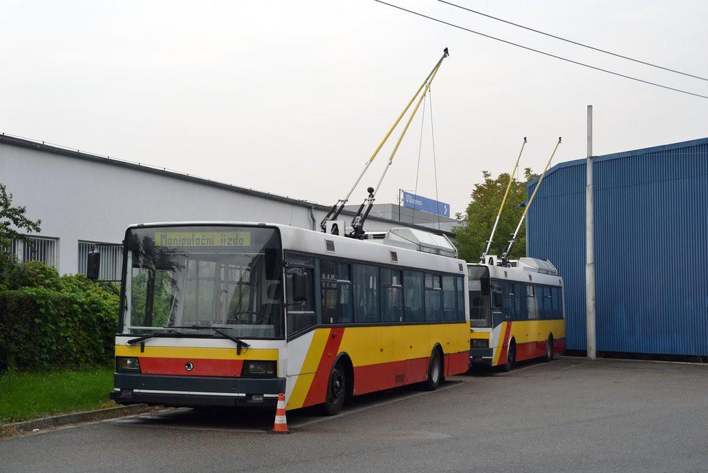 Fotogalerie » Škoda 21Tr 3056 | Škoda 21Tr 3054 | Brno | Komín | vozovna Komín