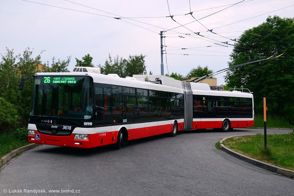 Fotogalerie » Škoda 31Tr 3618   Brno   Líšeň   Novolíšeňská, smyčka