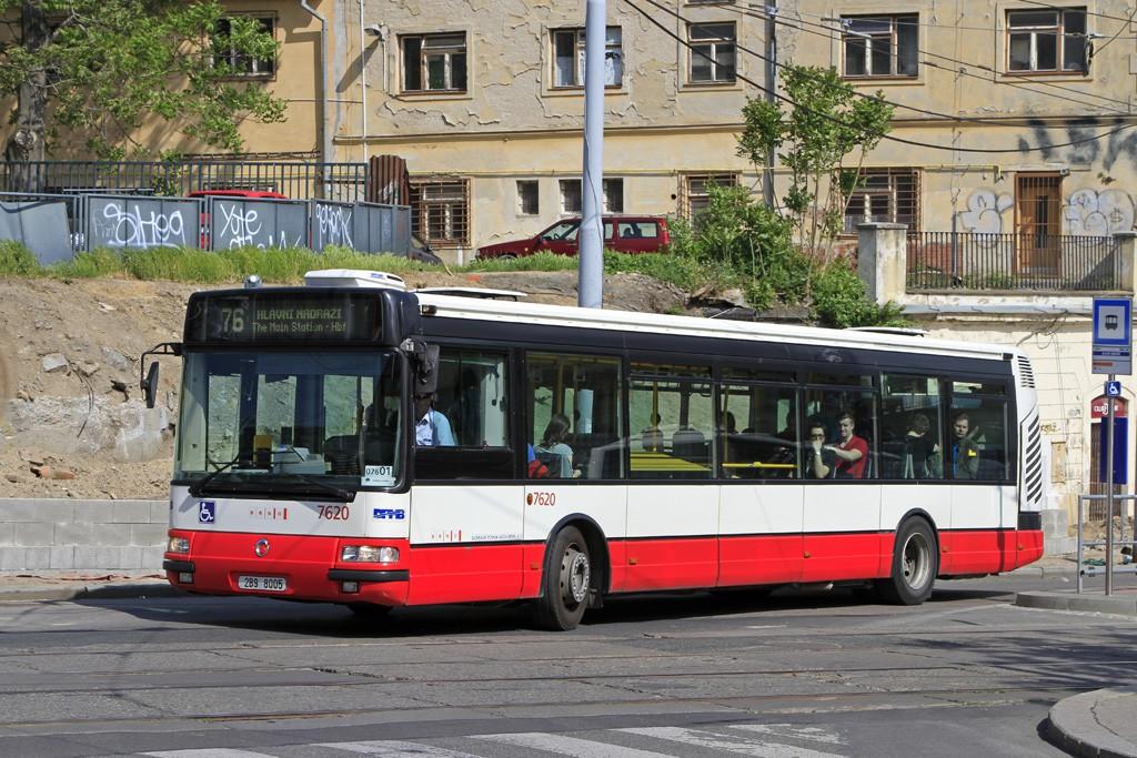 Fotogalerie » Irisbus Citybus 12M 2071.40 2B9 8005 7620 | Brno | střed | Nádražní