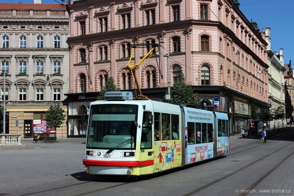 Fotogalerie » Škoda 03T7 1821   Brno   střed   náměstí Svobody