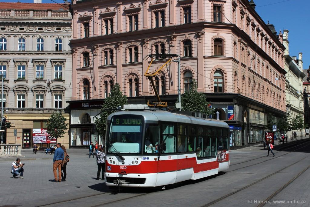 Fotogalerie » Pragoimex VarioLFR.E 1539 | Brno | střed | náměstí Svobody