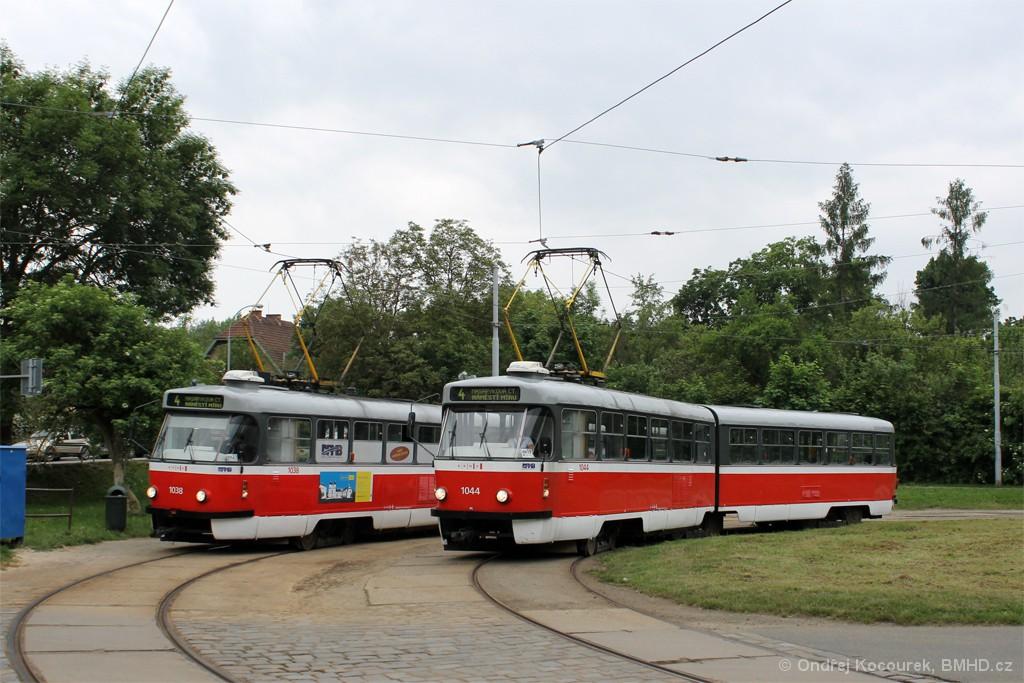 Fotogalerie » ČKD Tatra K2T 1044 | ČKD Tatra K2T 1038 | Brno | Maloměřice | Obřanská | Babická
