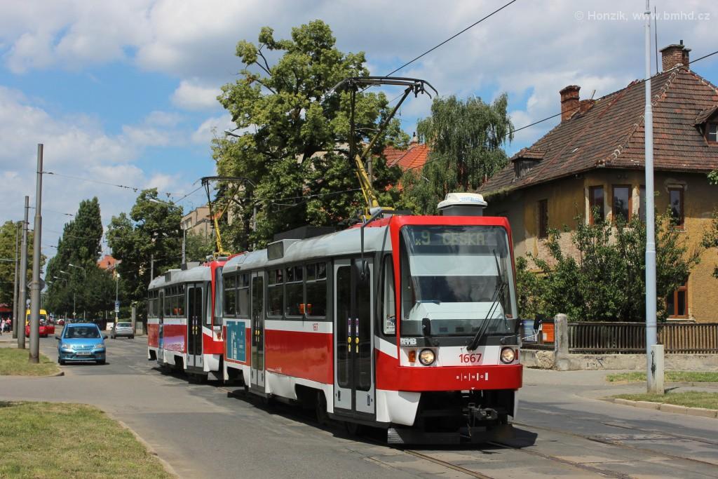 Fotogalerie » ČKD DS T3R 1667 | ČKD DS T3R 1668 | Brno | Černá Pole | Lesnická