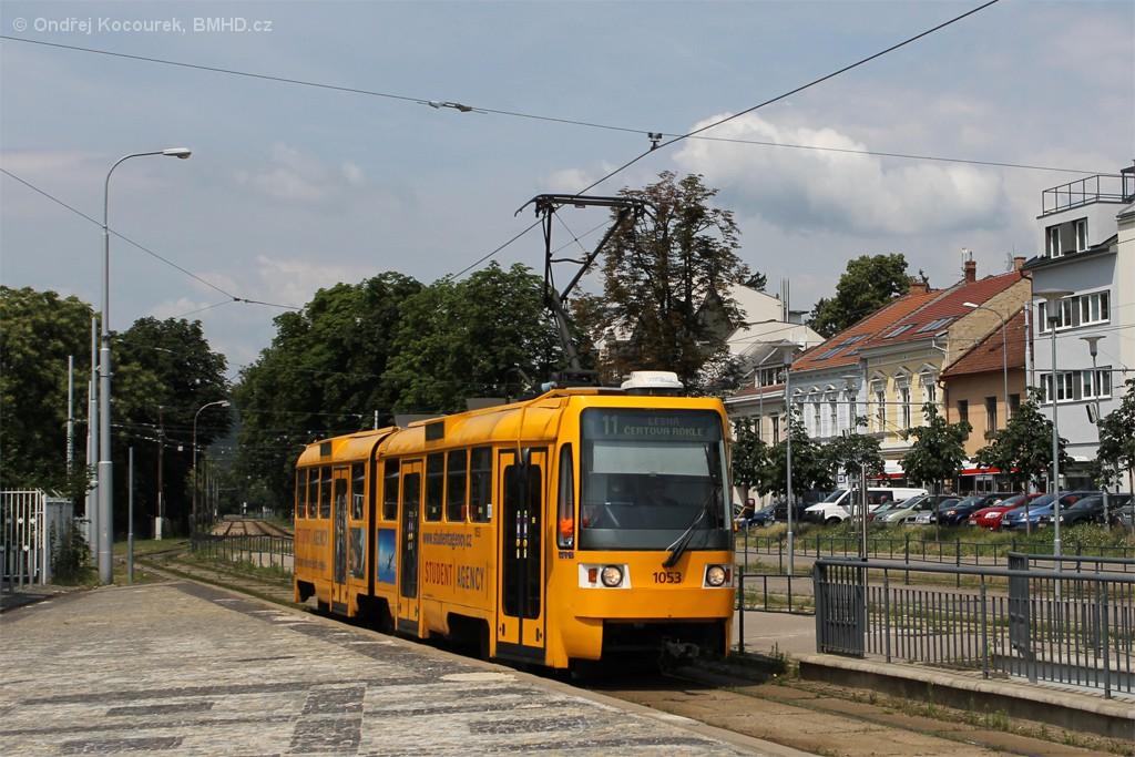 Fotogalerie » ČKD Tatra K2R 1053 | Brno | Pisárky | Hlinky | Výstaviště, hlavní vstup