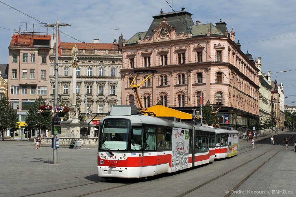 Fotogalerie » Pragoimex VarioLF2R.E 1101 | Pragoimex VarioLFR.E 1596 | Brno | střed | náměstí Svobody