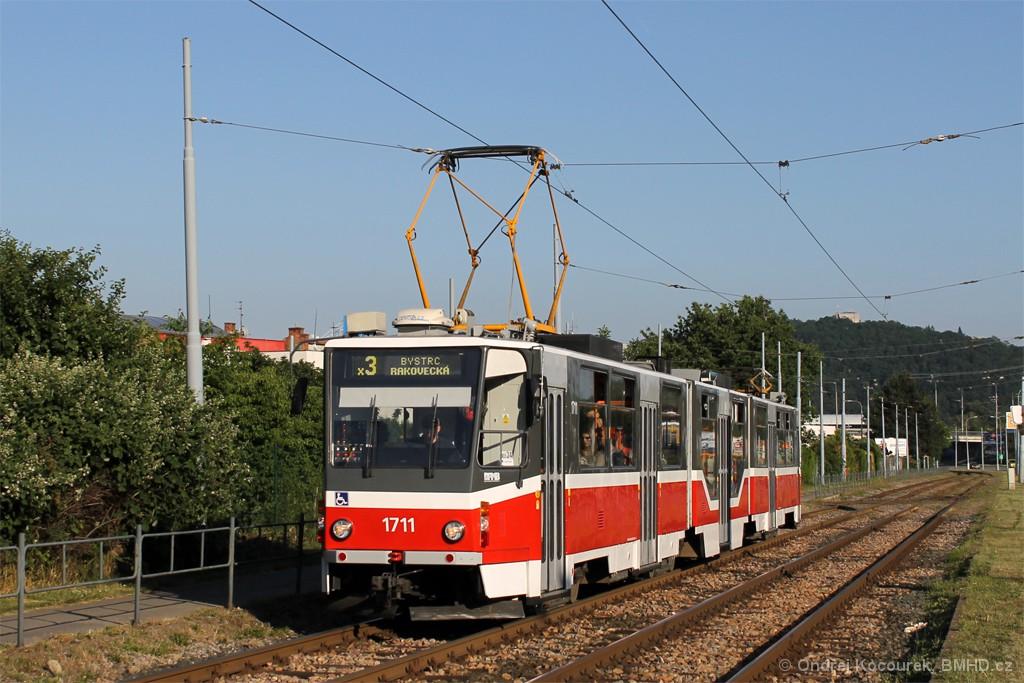 Fotogalerie » ČKD Tatra KT8D5R.N2 1711 | Brno | Komín | Kníničská
