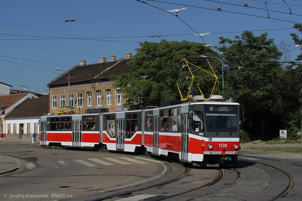 Fotogalerie » ČKD Tatra KT8D5R.N2 1728 | Brno | Židenice | Životského