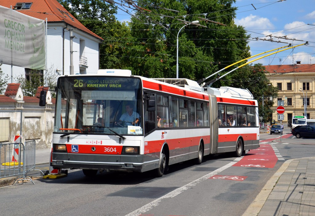 Fotogalerie » Škoda 22Tr 3604 | Brno | Staré Brno | Mendlovo náměstí | Mendlovo náměstí