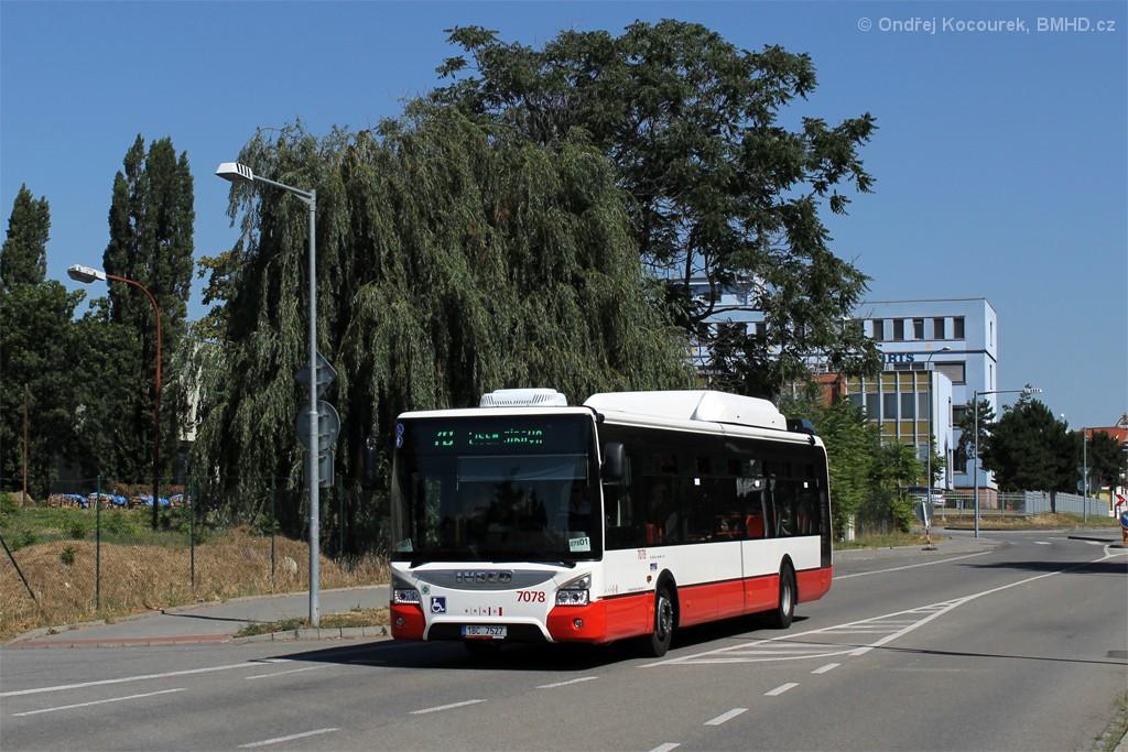 Fotogalerie » Iveco Urbanway 12M CNG 1BC 7527 7078 | Brno | Židenice | Koperníkova