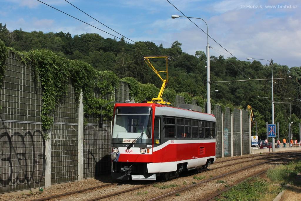 Fotogalerie » ČKD DS T3R 1664 | Brno | Pisárky | Žabovřeská