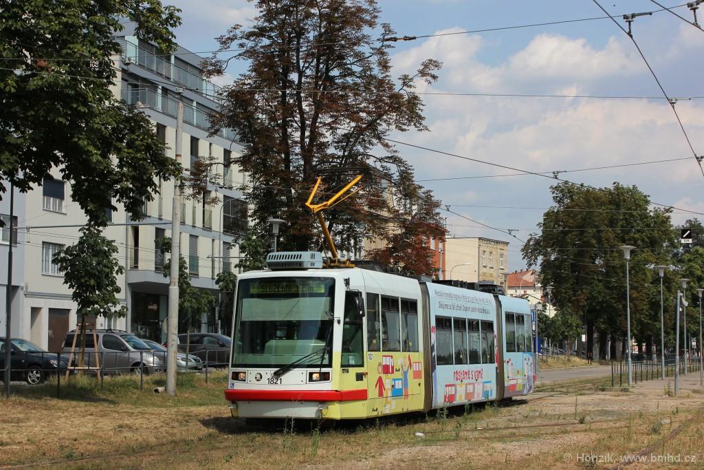 Fotogalerie » Škoda 03T7 1821   Brno   Pisárky   Hlinky
