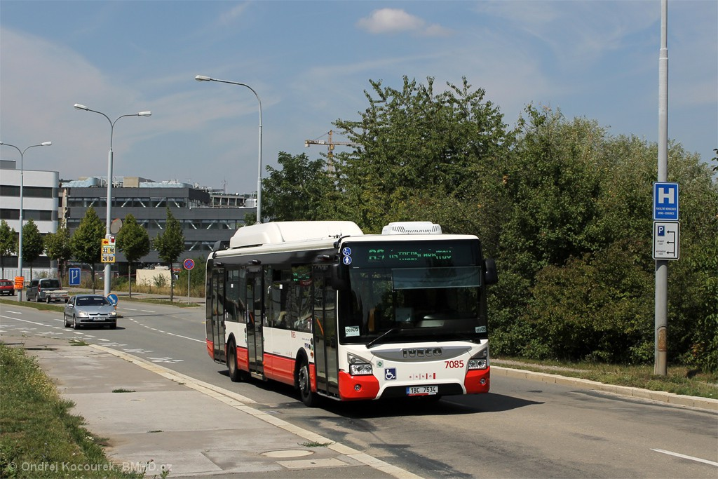 Fotogalerie » Iveco Urbanway 12M CNG 1BC 7534 7085 | Brno | Bohunice | Kamenice