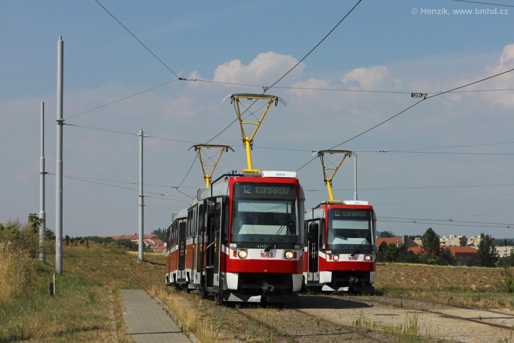 Fotogalerie » ČKD DS T3R 1663 | ČKD DS T3R 1664 | ČKD DS T3R 1665 | Brno | Medlánky | Purkyňova | Technologický park, smyčka