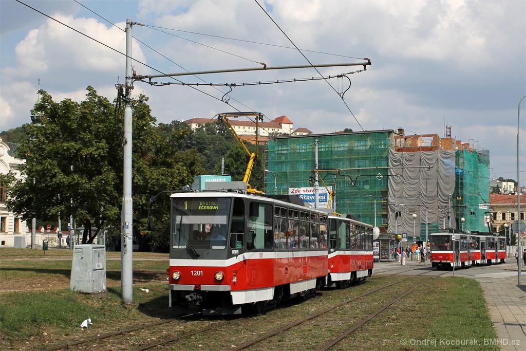 Fotogalerie » ČKD DS T6A5 1201 | ČKD DS T6A5 1202 | Brno | Staré Brno | Veletržní