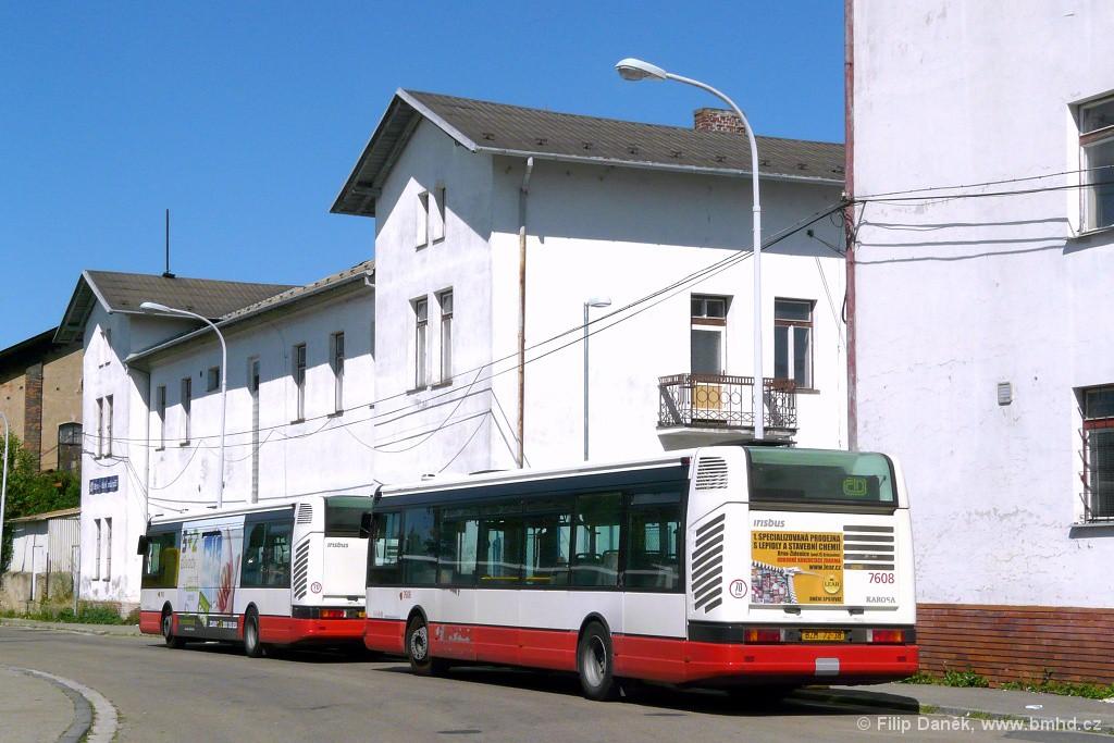 Fotogalerie » Irisbus Citybus 12M 2071.20 BZM 72-33 7603 | Irisbus Citybus 12M 2071.20 BZM 72-38 7608 | Brno | Trnitá | Rosická | Dolní nádraží