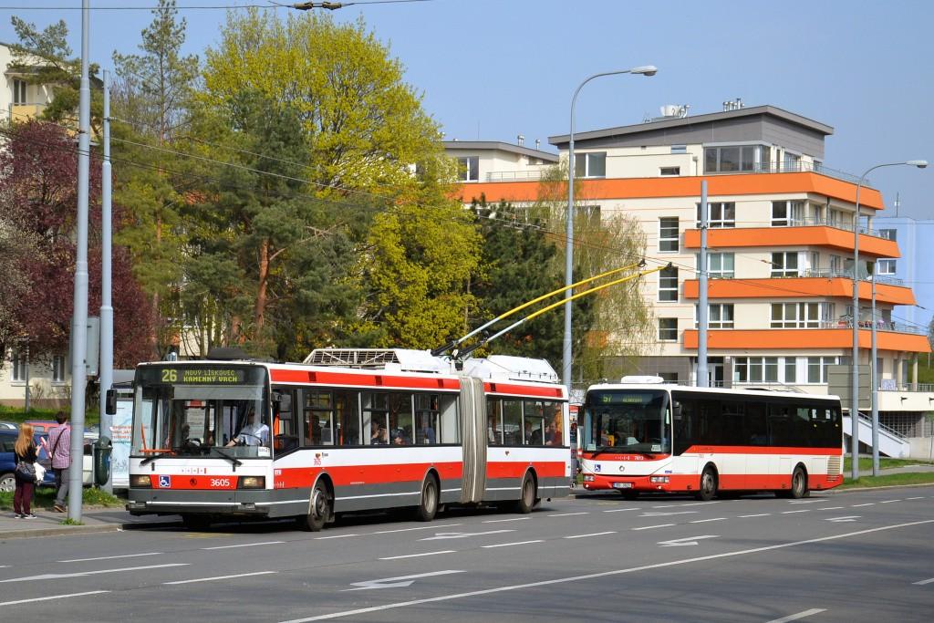Fotogalerie » Škoda 22Tr 3605 | Irisbus Crossway LE 12M 7B3 3913 7803 | Brno | Černá Pole | Provazníkova | Merhautova