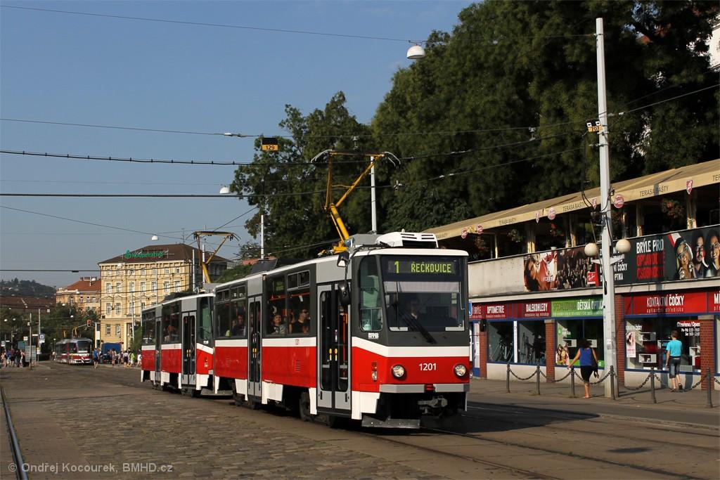 Fotogalerie » ČKD DS T6A5 1201 | ČKD DS T6A5 1202 | Brno | střed | Nádražní