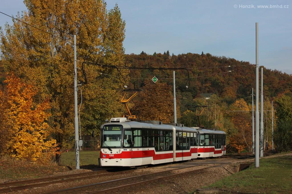 Fotogalerie » Pragoimex VarioLF2R.E 1088   Pragoimex VarioLFR.E 1539   Brno   Bystrc