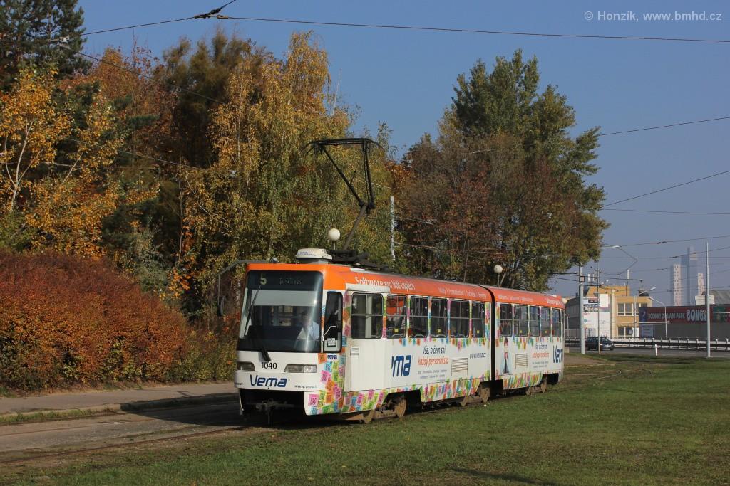 Fotogalerie » ČKD Tatra K2R03-P 1040 | Brno | Horní Heršpice | Ústřední hřbitov, smyčka