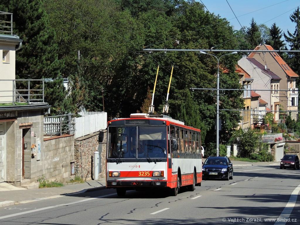 Fotogalerie » Škoda 14Tr10/6 3235 | Brno | Pisárky | Antonína Procházky