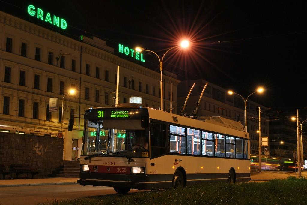 Fotogalerie » Škoda 21TrAC 3058 | Brno | střed | Benešova | Hlavní nádraží