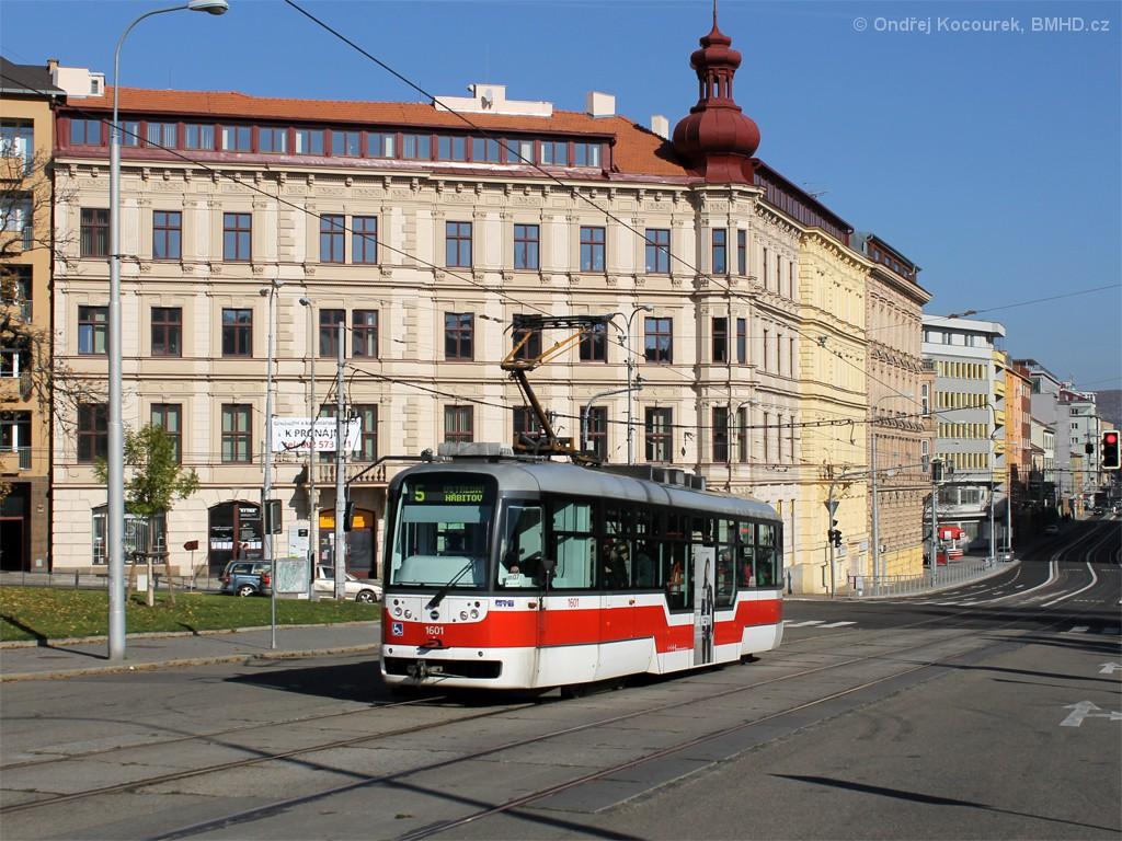 Fotogalerie » Pragoimex VarioLFR.E 1601   Brno   střed   Moravské náměstí