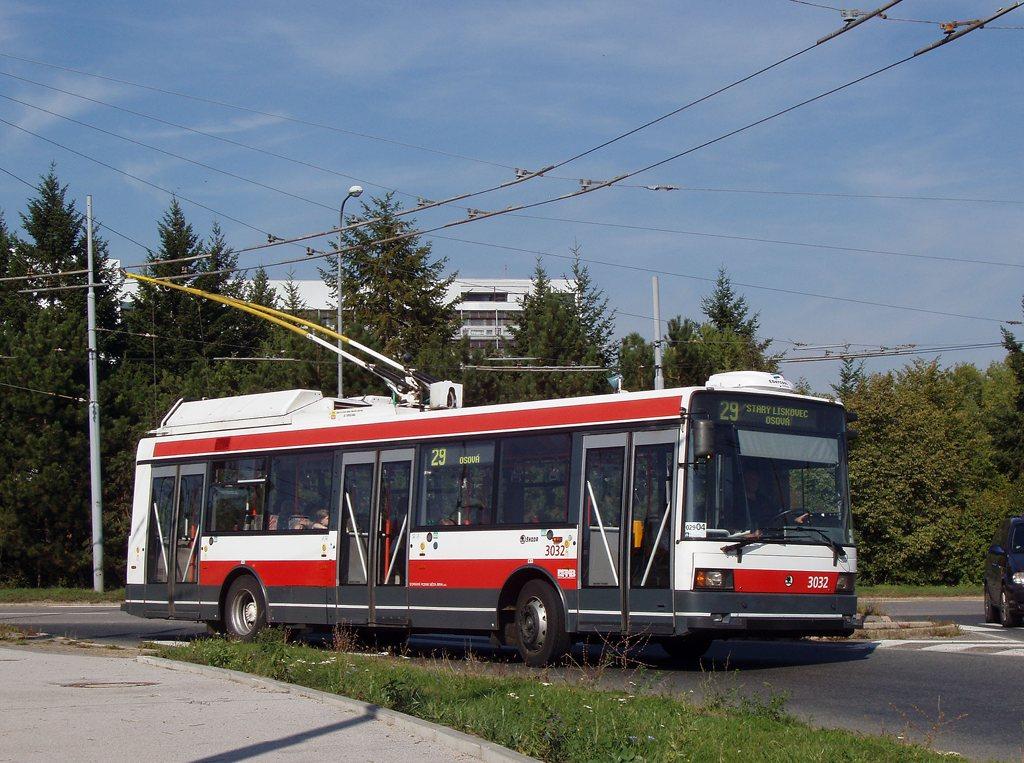 Fotogalerie » Škoda 21Tr 3032 | Brno | Starý Lískovec | Osová
