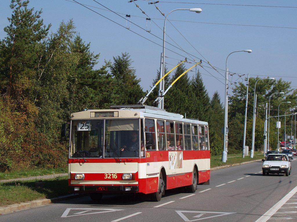 Fotogalerie » Škoda 14Tr08/6 3216 | Brno | Bohunice | Jihlavská