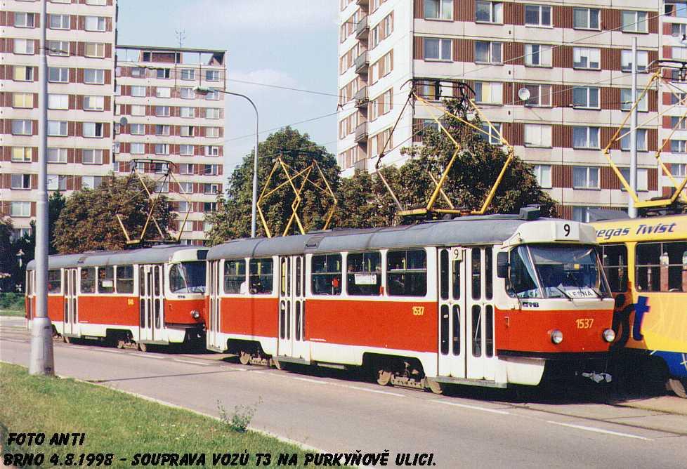 Fotogalerie » ČKD Tatra T3 1537 | ČKD Tatra T3 1548 | Brno | Královo Pole | Purkyňova