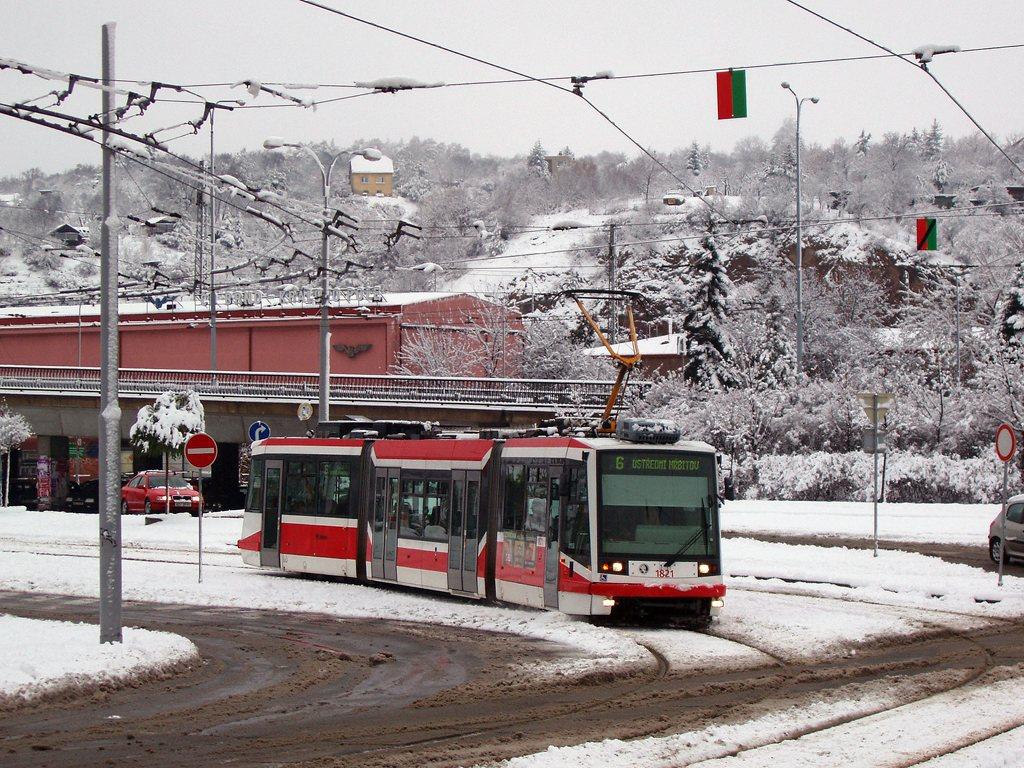 Fotogalerie » Škoda 03T7 1821 | Brno | Královo Pole | Kosmova