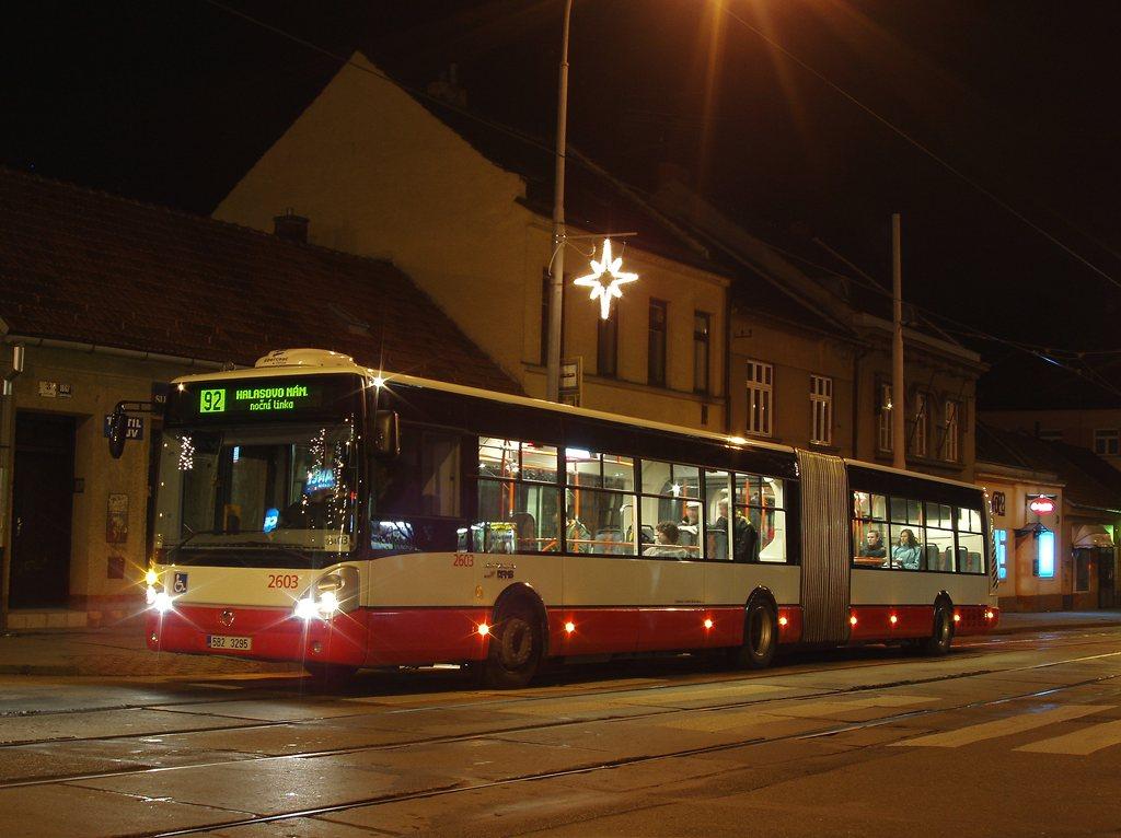 Fotogalerie » Irisbus Citelis 18M 2603 | Brno | Žabovřesky | Burianovo náměstí | Burianovo náměstí