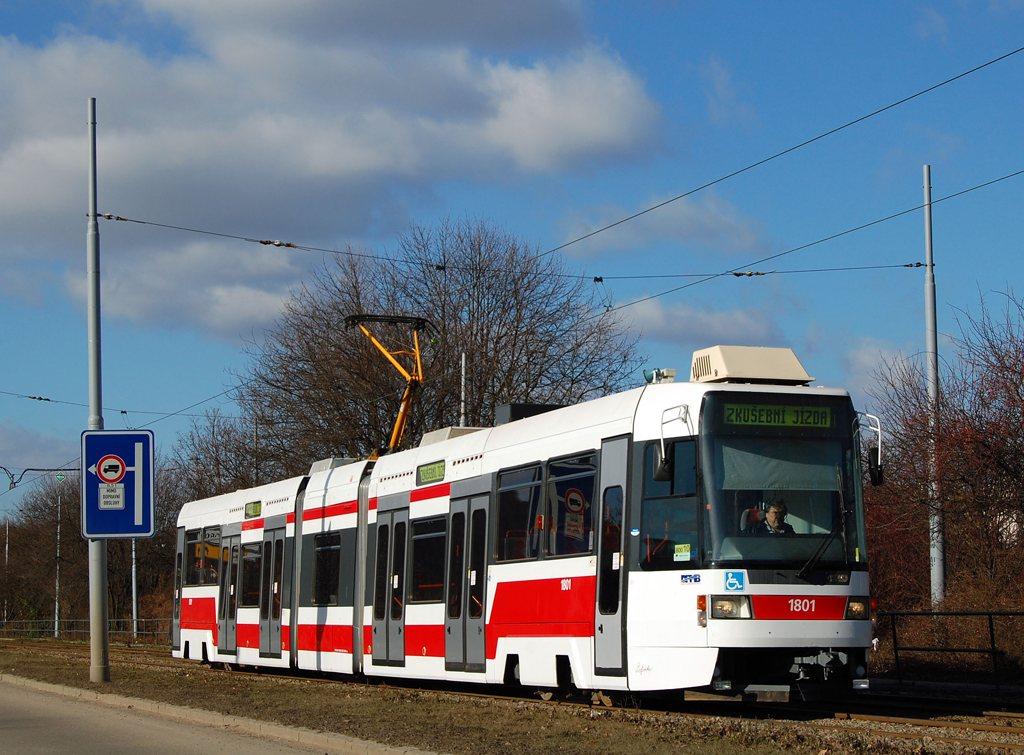 Fotogalerie » ČKD DS RT6N1 1801 | Brno | Žabovřesky | Kníničská