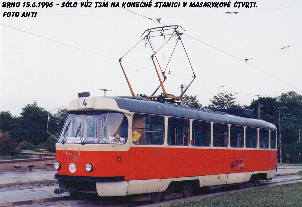 Fotogalerie » ČKD Tatra T3M 1581 | Brno | Masarykova čtvrť | Náměstí míru | Náměstí Míru, smyčka