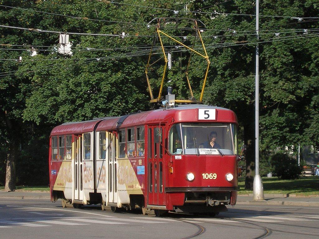 Fotogalerie » ČKD Tatra K2 1069 | Brno | střed | Moravské náměstí