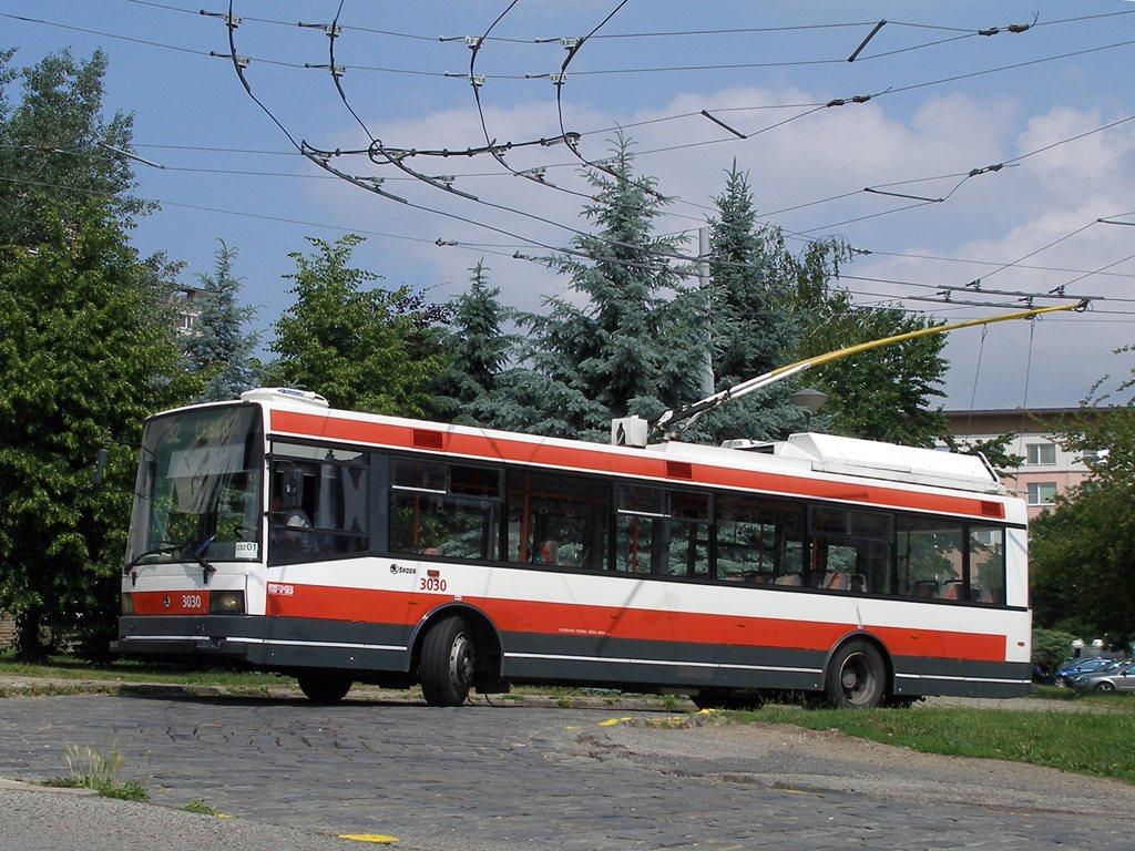Fotogalerie » Škoda 21Tr 3030 | Brno | Královo Pole | Srbská | Srbská, smyčka