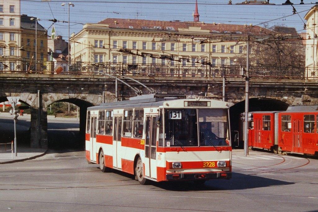 Fotogalerie » Škoda 14Tr08/6 3228 | Brno | Trnitá | Křenová