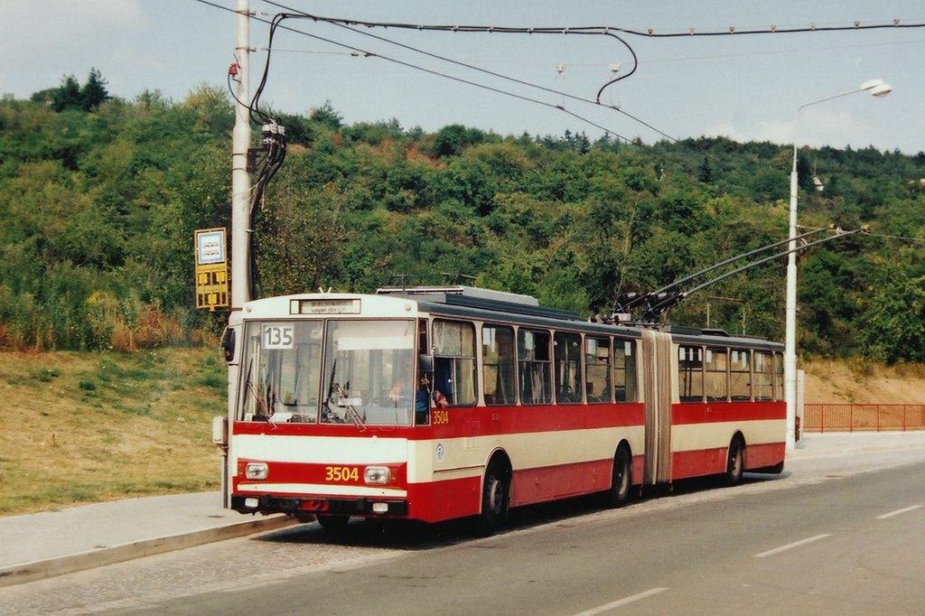 Fotogalerie » Škoda 15Tr08 3504 | Brno | Kamenný vrch | Petra Křivky | Kamenný vrch