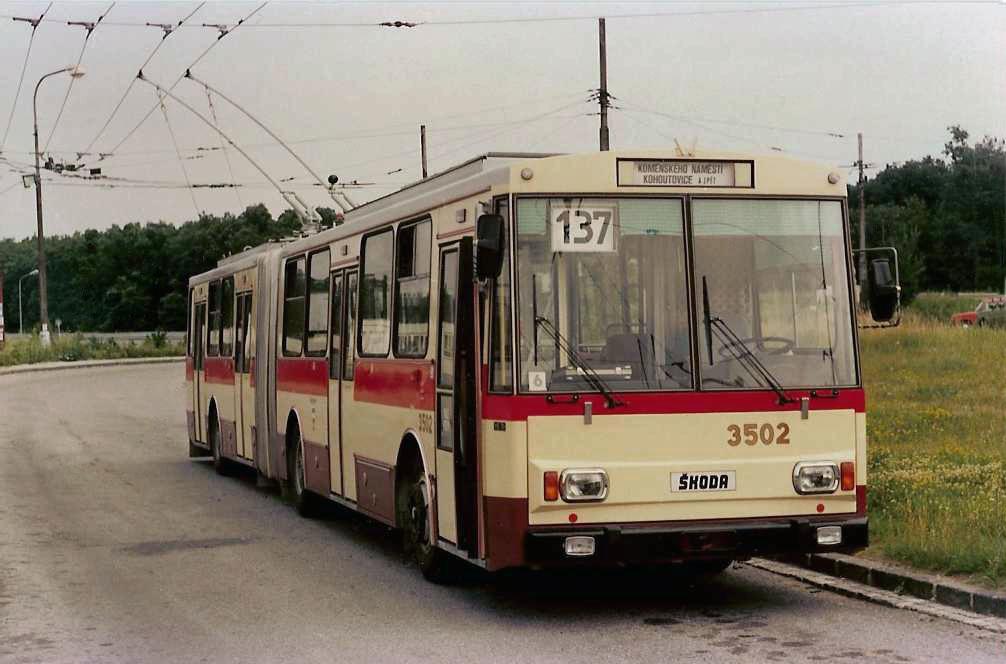 Fotogalerie » Škoda 15Tr02 3502 | Brno | Kohoutovice | Libušina třída | Jírovcova
