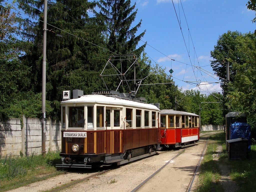 Fotogalerie » KPS Brno mv6.3 107   Ringhoffer vv2.ringh 215   Brno   Stránská skála   Stránská skála, smyčka