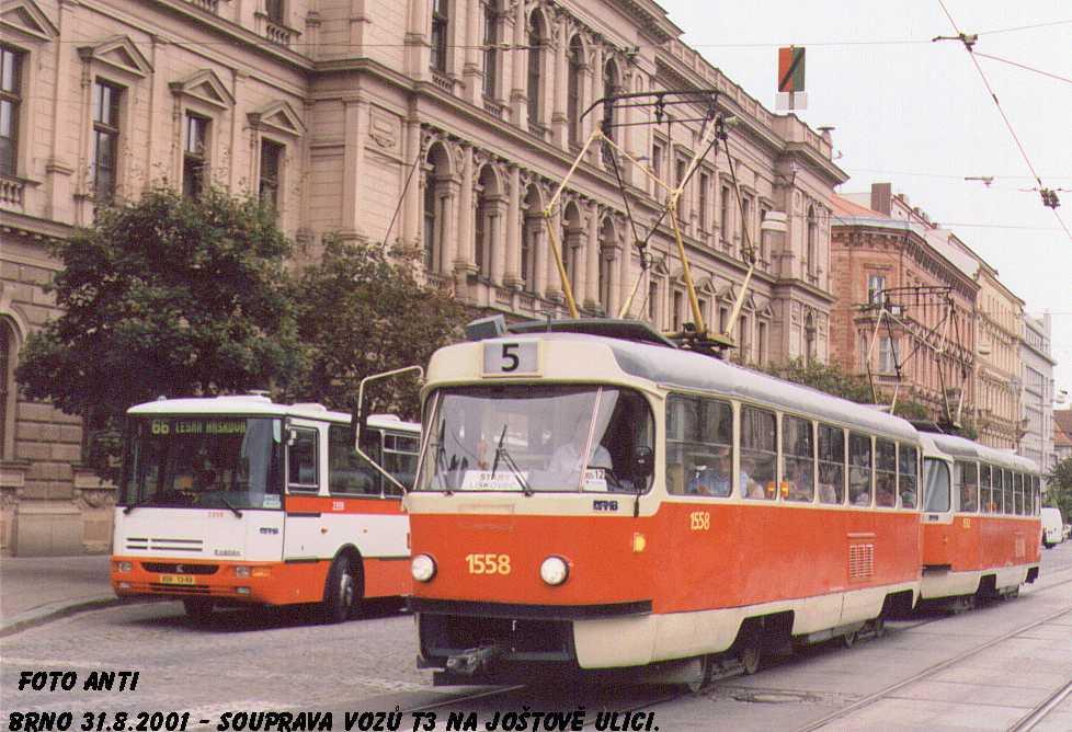 Fotogalerie » ČKD Tatra T3M 1558   Karosa B941E.1962 2359   Brno   střed   Joštova