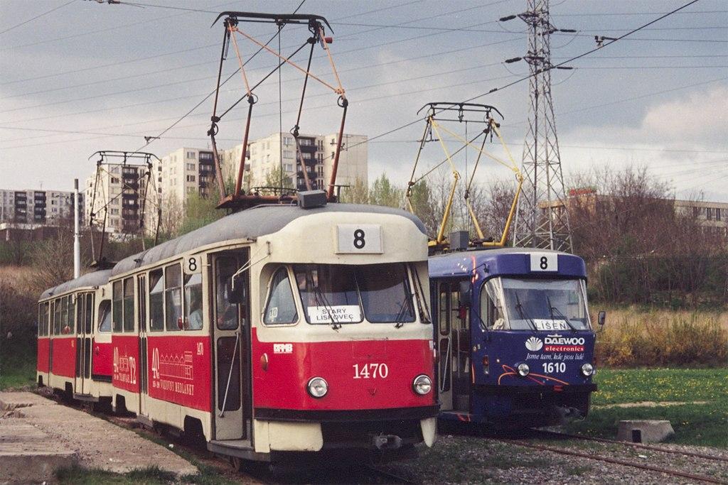 Fotogalerie » Tatra T2R 1470 | Tatra T2R 1462 | ČKD Tatra T3G 1610 | Brno | Líšeň | Novolíšeňská, smyčka