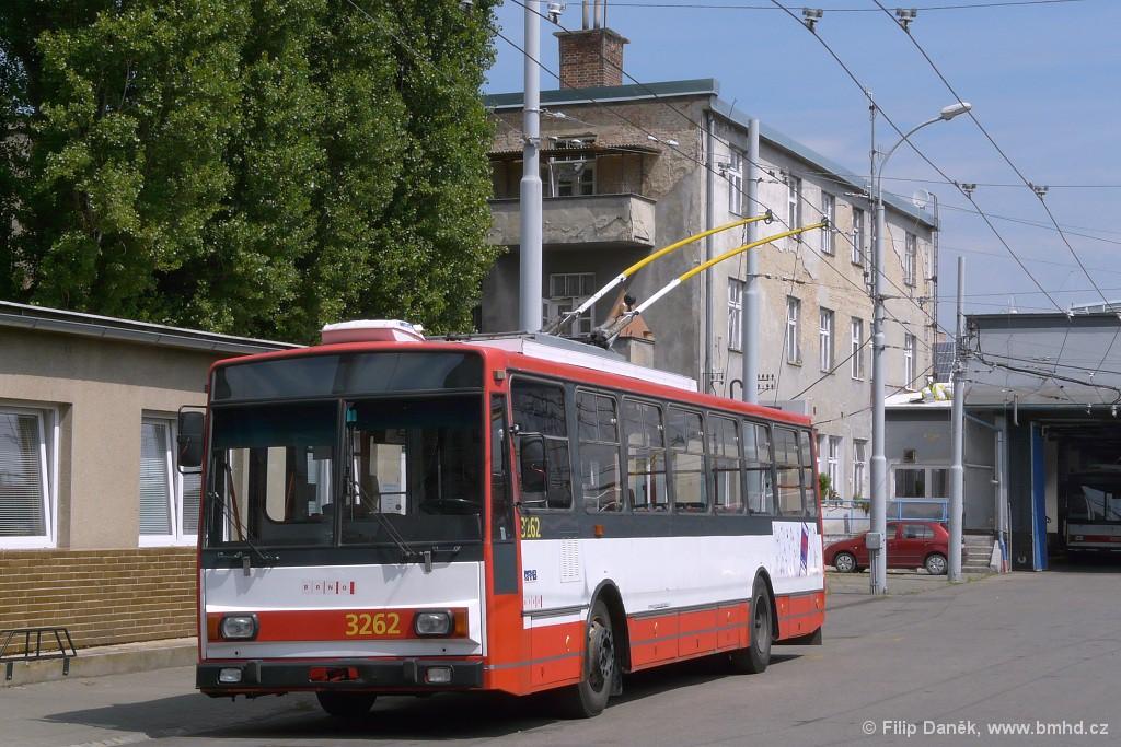 Fotogalerie » Škoda 14TrR 3262 | Brno | Vozovna Husovice