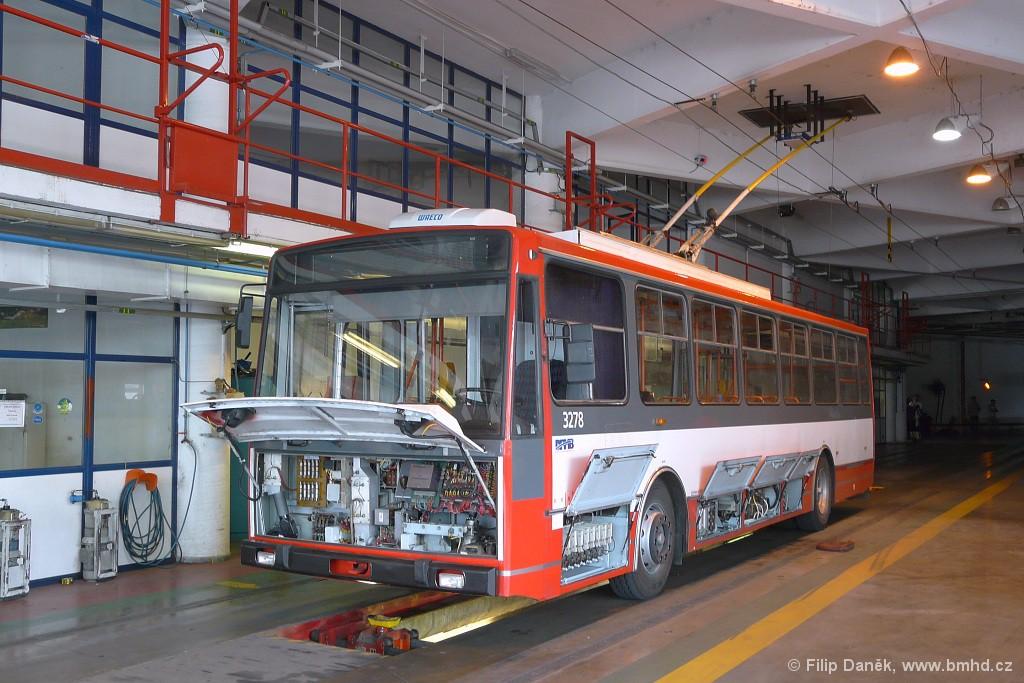 Fotogalerie » Škoda 14Tr17/6M 3278 | Brno | vozovna Komín