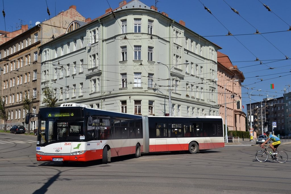 Fotogalerie » Solaris Urbino 18 III 9B7 9152 2641   Brno   Černá Pole   Jugoslávská   Jugoslávská