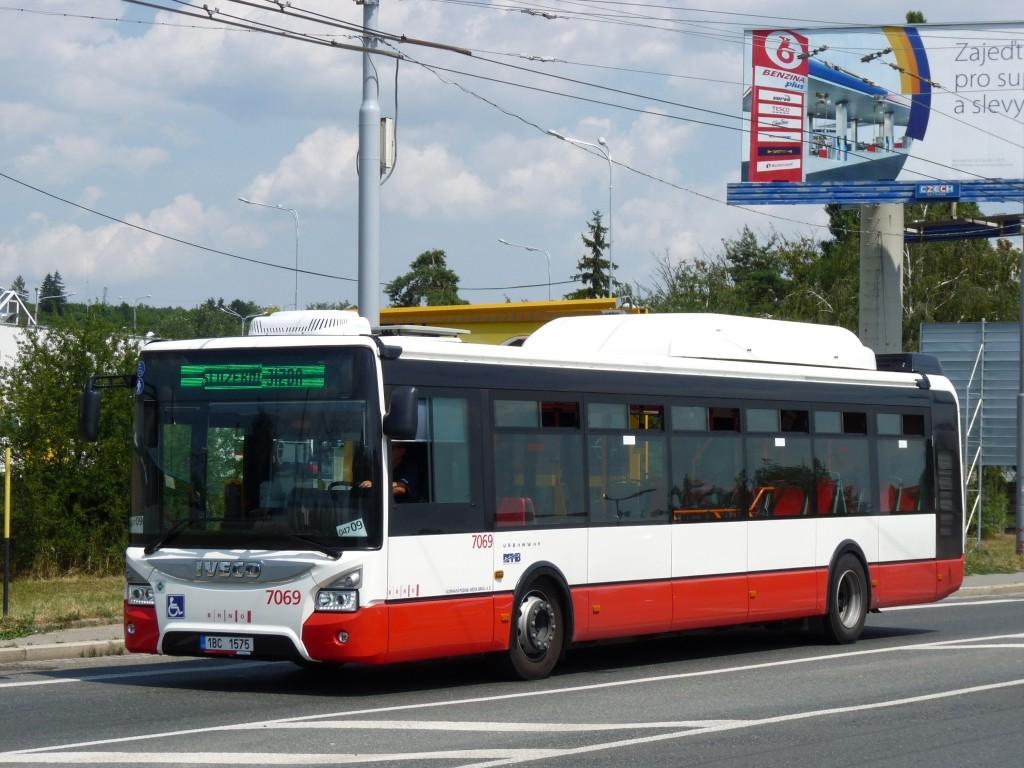 Fotogalerie » Iveco Urbanway 12M CNG 1BC 1575 7069 | Brno | Slatina | Hviezdoslavova