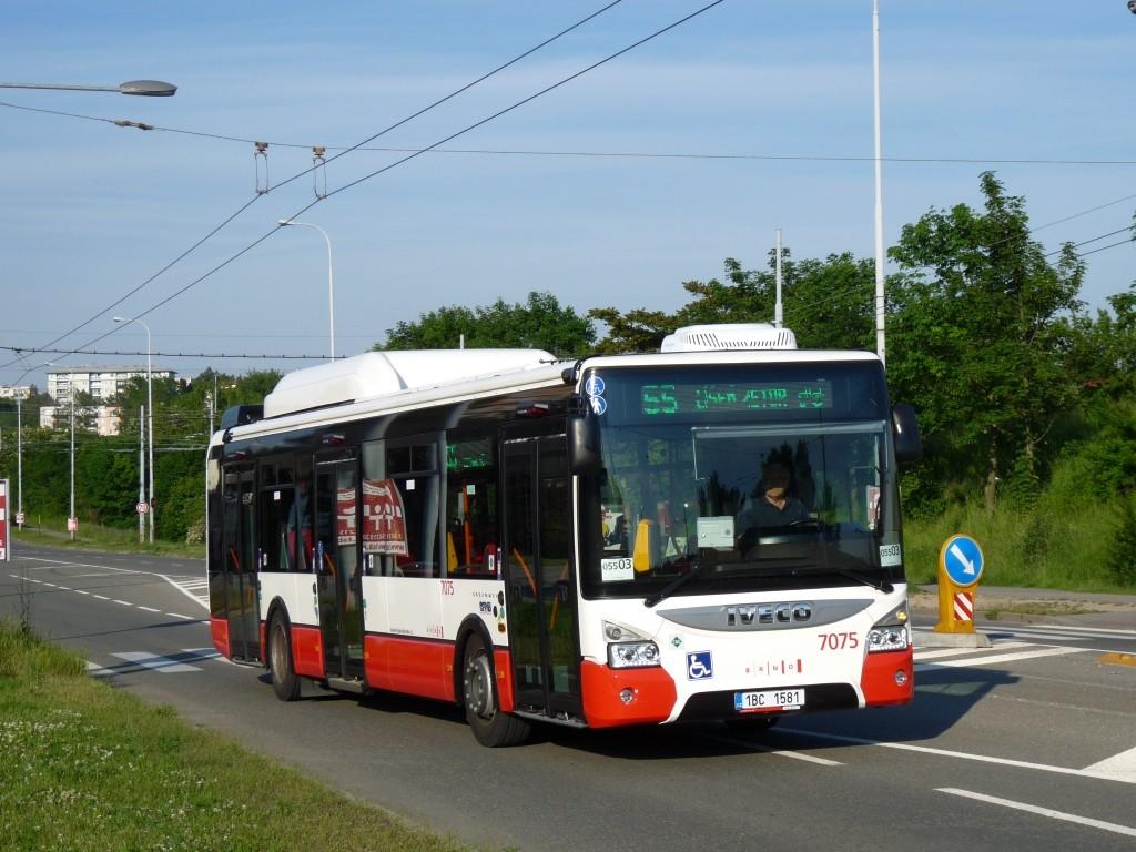 Fotogalerie » Iveco Urbanway 12M CNG 1BC 1581 7075   Brno   Líšeň   Novolíšeňská