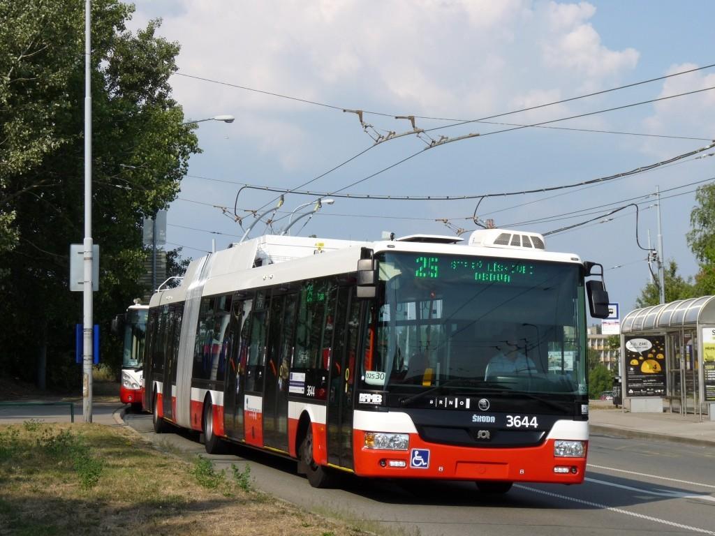 Fotogalerie » Škoda 31Tr 3644 | Brno | Starý Lískovec | Osová | Pod Nemocnicí