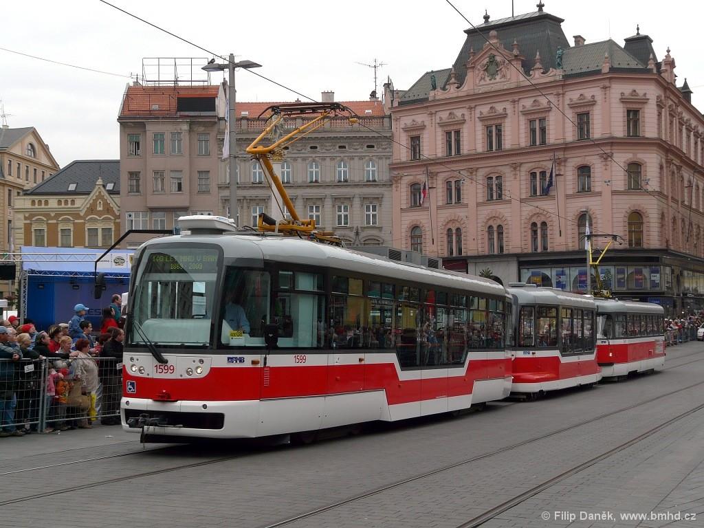 Fotogalerie » Pragoimex VarioLFR.E 1599 | Pragoimex VV60LF 1304 | Pragoimex T3R.EV 1531 | Brno | střed | náměstí Svobody