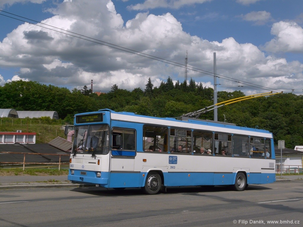 Fotogalerie » Škoda 17Tr 3903 | Brno | Husovice | Provazníkova